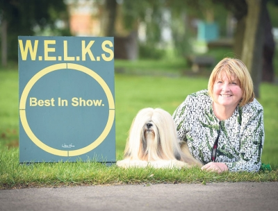 Wendy Cain handled her Lhasa Apso, Ch Sandauri Showstopper For Kutani (IMP RUS) to Best In Show at WELKS 2019 under Judge Lee Cox.
